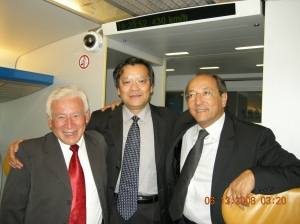 En la visita que realizamos a la ciudad de Shanghai, fuimos guiados por el jefe de las oficinal de Relaciones Internacionales del Municipio de Shanghai